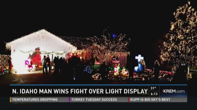 HOA backs down from lawsuit over Hayden Christmas lights